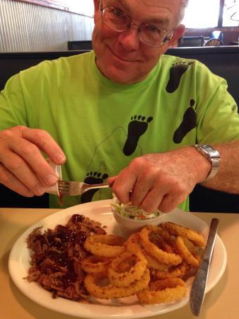 Kingman, KS: Great chicken fried steak.  Crispy onion rings.