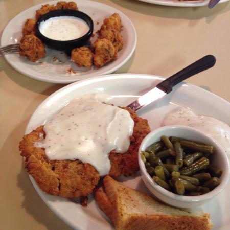 Kingman, KS: Great chicken fried steak.  Crispy onion rings.