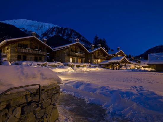 Au coeur des neiges hotel courmayeur 166 recensioni e 98 foto - Hotel courmayeur con piscina ...