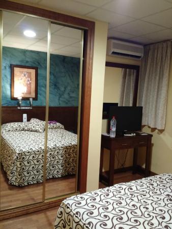 Hotel La Curva : Habitación doble
