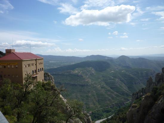 Barcelona Turisme Montserrat & Sitges Day Tour: just go