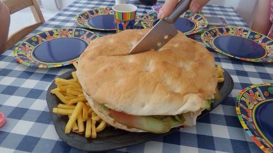 szulinapi-balkan-burger.jpg
