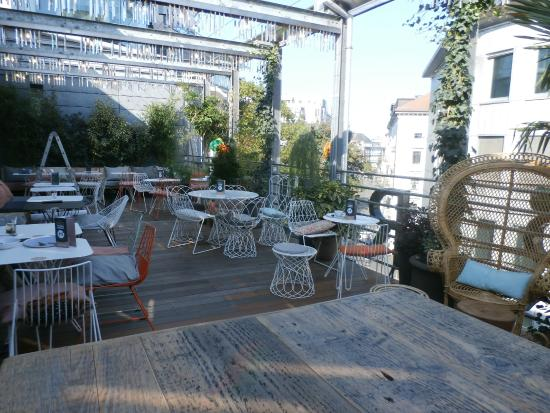 Terrace picture of hiltl dachterrasse zurich tripadvisor for Terrace zurich