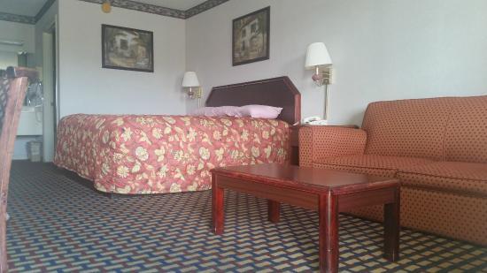 Travel Inn: KING ROOM