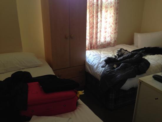 Aquarius Hotel: espacio de la habitación