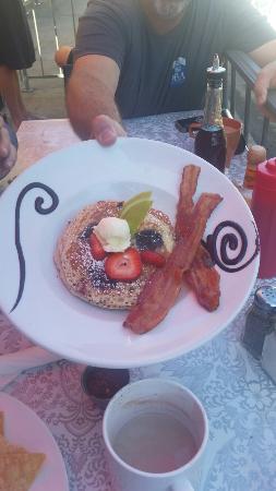 Coffee Cup : Delicious breakfast!