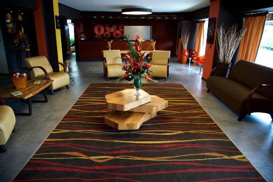 Autentico Hotel: Lobby