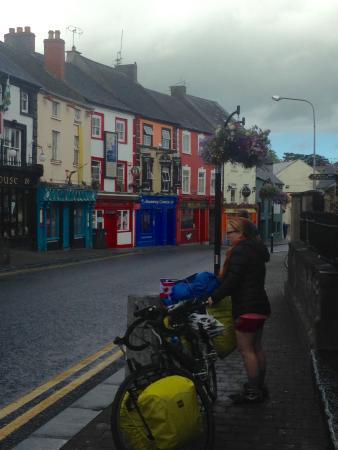 Kilkenny Tourist Hostel: Parliament St , vue de l'hotel