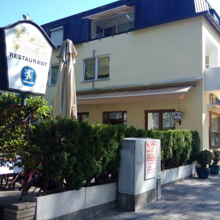 Bella roma munich theodolindenstr 1 restaurant for Ristorante elle roma
