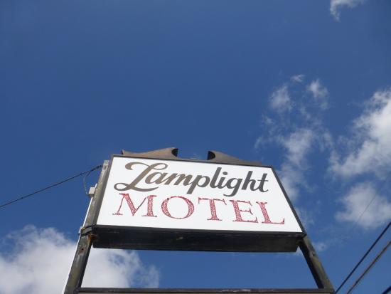 The Lamplight Motel : Lamplight Motel