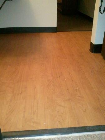 Pacific Junction, IA: Remodeled...wood flooring