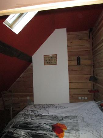 chambre mansardée - Picture of Chez Nous, Indre - TripAdvisor