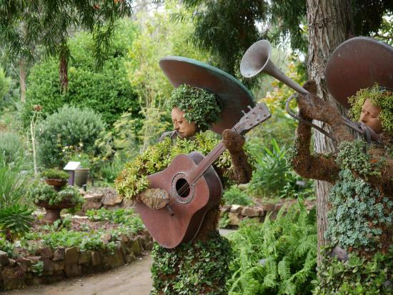 Ordinaire San Diego Botanic Garden: Succulent Statue