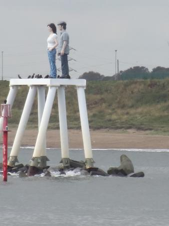 Newbiggin-by-the-Sea, UK: The couple at Newbiggin