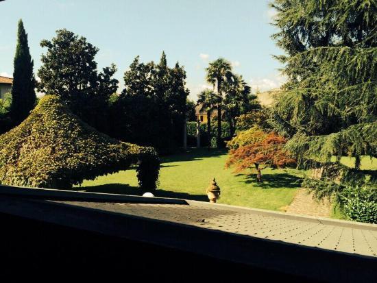 Hotel Due Mori: Giardino estivo