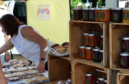 Penticton Farmers' Market : Baked goods, fresh james/jellies for sale at market