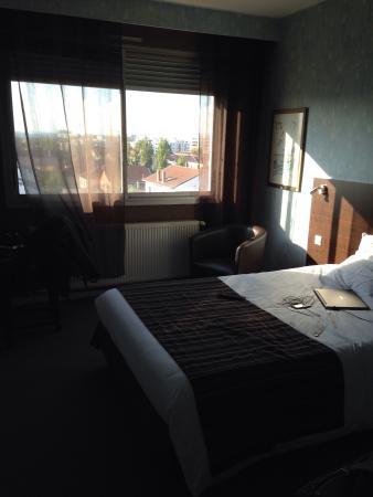 hotel artys saint priest frankrijk foto 39 s reviews en. Black Bedroom Furniture Sets. Home Design Ideas