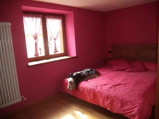 Scopa, Italia: camera da letto vista dalla porta di ingresso