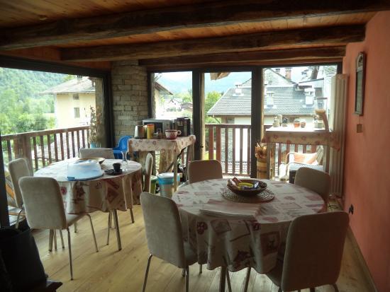 Scopa, Italia: veranda per la colazione subito fuori dalla camera