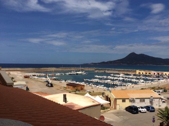 Hotel La Rosa Dei Venti: Vista porto