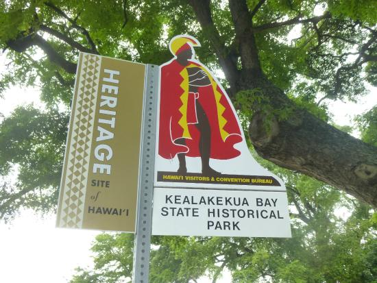 Kealakekua Bay State Historical Park: sign