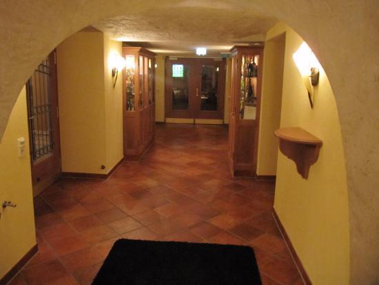 Oberwolfach, Deutschland: wijnkelder Hotel 3 Könige
