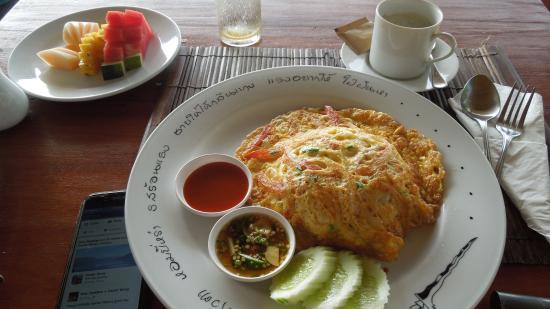Muang Kulaypan Hotel: Thai Omelette