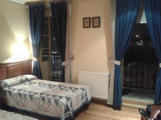 Hotel Lino: Habitación