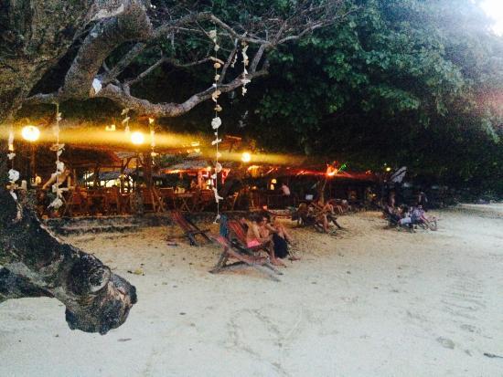 Phi Relax Beach Resort Restaurant And Bar