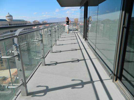 The Cosmopolitan Of Las Vegas Autograph Collection Wrap Around Balcony
