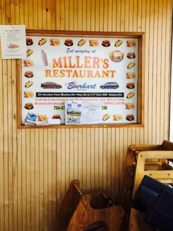 Miller's Restaurant: Entry to Miller's