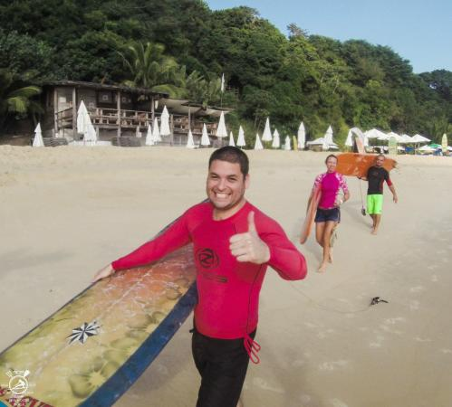 Surf Camp Pipa: happy days in our surf school