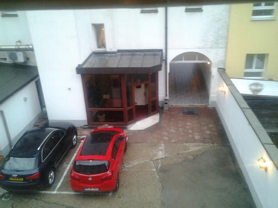 Courtyard - Hotel Gerhard