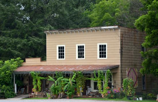 Union Grove, NC: Built in 1857, Current an artist studio and museum