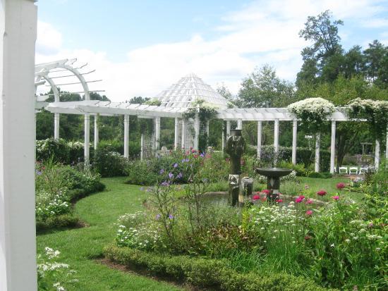 Garden Picture Of Fearrington Village Pittsboro
