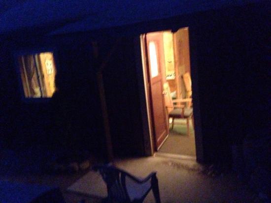 Johnny McNally's Lodge: photo2.jpg