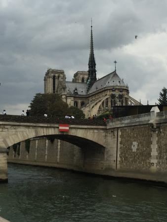 باريس, فرنسا: Notre Dame desde el Sena