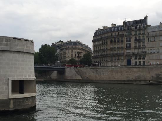 باريس, فرنسا: Ile de la Cite desde el Sena