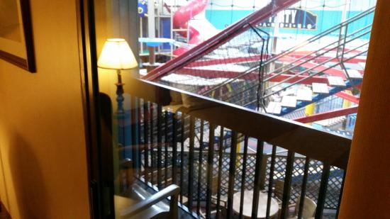 Pzazz Resort Hotel: Balcony
