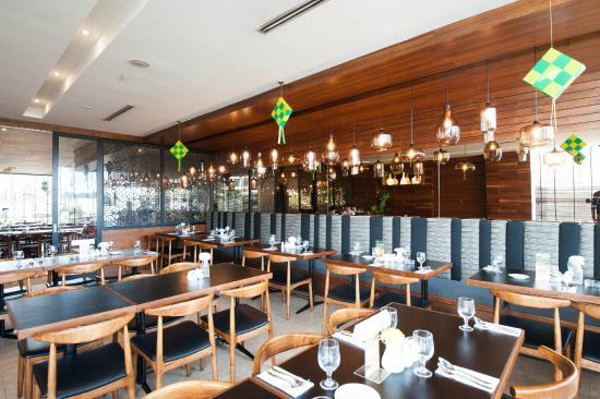 Crystal Crown Pj Chinese Restaurant