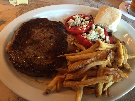 Ted's Montana Grill: Beef ribeye, fresh fries, vine ripened tomatoes w/bleu cheese crumbles