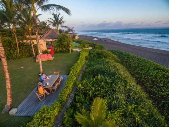 Pantai Lima Villas: view from from balcony sounds of the sea villa