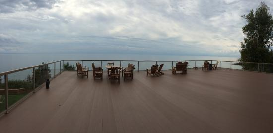 Chateau LeVeaux on Lake Superior: Deck Area