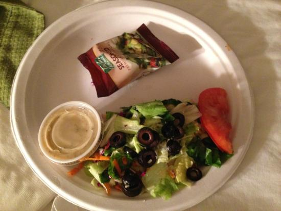 Humble Pie Pizzaria: the salad too go!