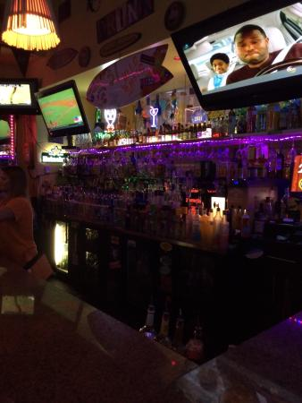 Sunnys Bar