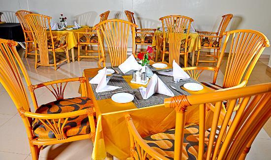 PrideInn Hotel Raphta Road: Restaurant