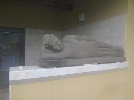 Mandala Desa: Buddha