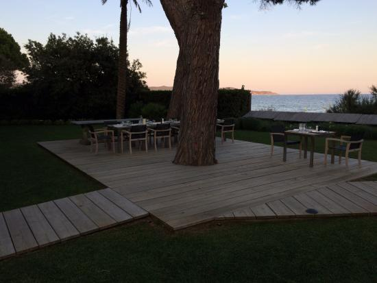 terrasse picture of chateau de sable cavalaire sur mer tripadvisor. Black Bedroom Furniture Sets. Home Design Ideas