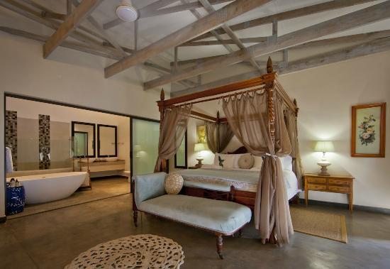 Bushveld Terrace Hotel & Guest House: Marula Suite