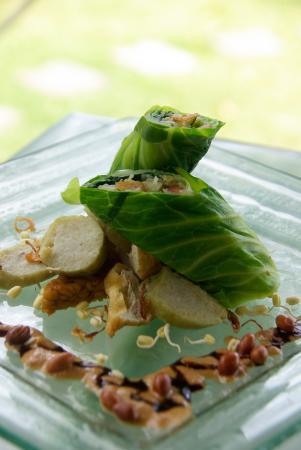 Three Monkeys Sanur: Indonesian classics like gado gado